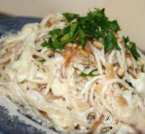 Špagete u belom sosu
